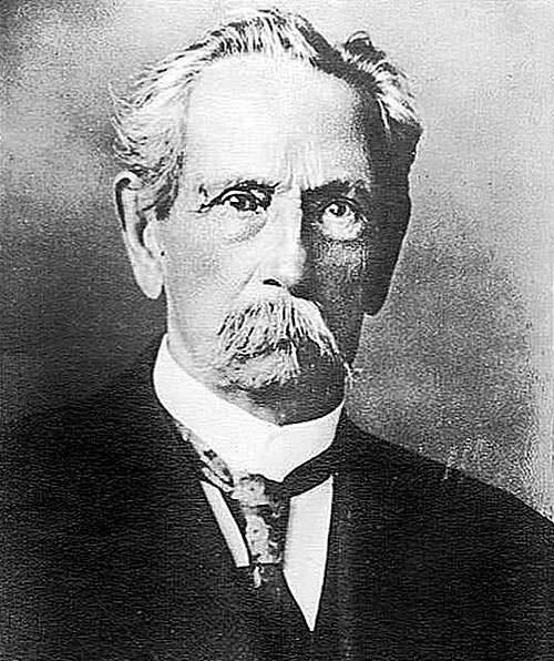 Karl Benz, concepteur et constructeur du premier camion de l'histoire pour le transport routier